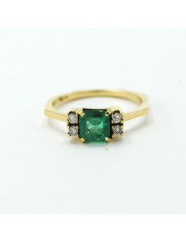 GOLD RING 18K EMERALD  AND...