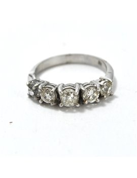 18k ring with 5 brilliants, crimped on 4 tips, 1.34 ct