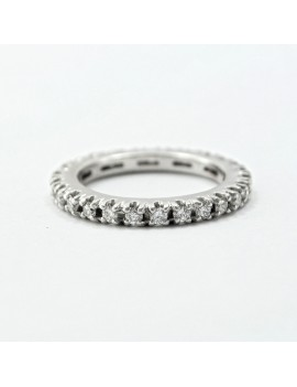 18K WHITE AND DIAMONDS RING
