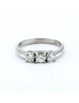 GOLD RING 18K WHITE AND 3...
