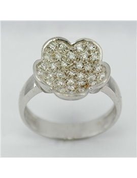 18KTS WHITE GOLD RING AND MODERN-CUT DIAMONDS