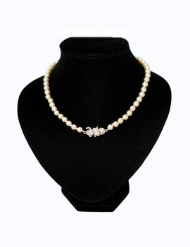 BEAUTIFUL PEARL NECKLACE...