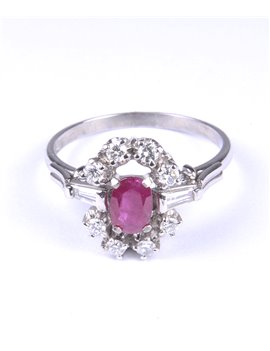 18K WHITE GOLD RING WITH MODERN-CUT DIAMONDS AND RUBY