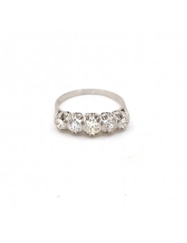 ANTIQUE RING IN PLATINUM...