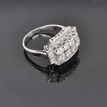 RING IN PLATINUM AND DIAMONDS