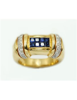 18K RING WITH SAPPHIRE AND DIAMONDS
