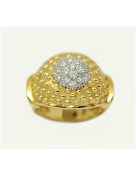 18K RING WITH DIAMONDS
