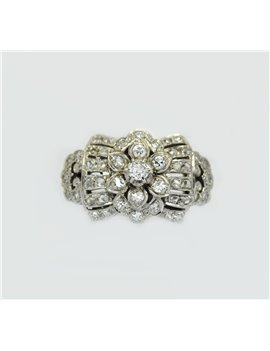 18K WHITE GOLD RING WITH OLD CUT DIAMONDS