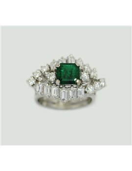 18K WHITE GOLD RING WITH EMERALD AND OLD CUT DIAMONS