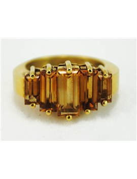 18K GOLD AND TOPAZ RING