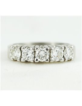 18K GOLD WHITE AND DIAMONDS RING