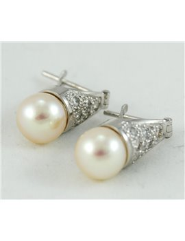 18K GOLD WHITE WITH CULTURED PEARL AND DIAMONDS EARRINGS