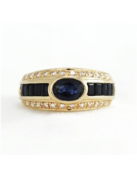 18K GOLD WITH DIAMONDS AND SHAPPIRE RING