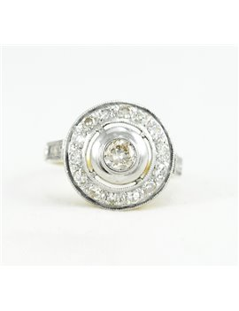 18K GOLD , PLATINUM AND DIAMONDS RING