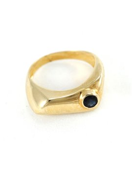 18K GOLD WITH SAPPHIRE RING