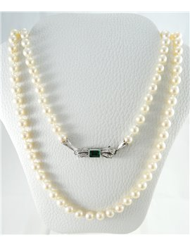 CULTURE PEARL NECKLACE CLASP WHITE GOLD , DIAMONDS AND EMERALD