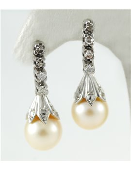 18K WHITE GOLD WITH PEARL AND DIAMONDS EARRINGS