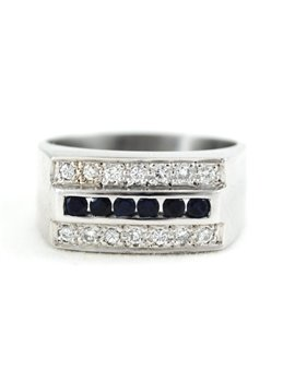18K GOLD WITH DIAMONDS AND SAPPHIRE RING
