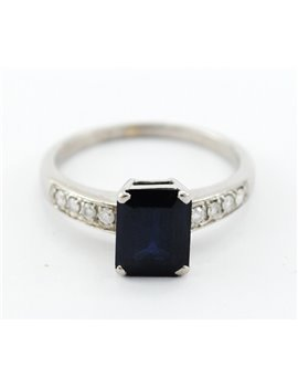 18K WHITE GOLD WITH DIAMONDS AND SAPPHIRE