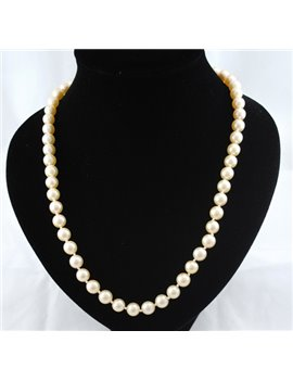 PEARL NECKLACE 8.5 AND 9 MM CLASP WHITE GOLD AND DIAMONDS