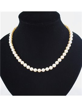 CULTURED PEARLS NECKLACE 7 AND 7 1/2 MM CLASP 18K GOLD AND DIAMONDS, LONG 45 CM