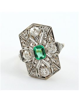18K GOLD ANTIQUE RING WITH DIAMONDS AND EMERALD
