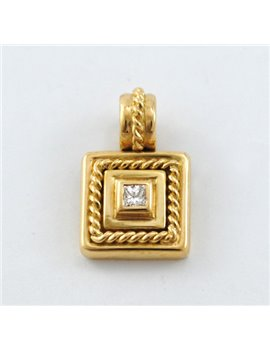 H. STERN 18K/750 YELLOW GOLD PENDANT WITH DIAMOND, CARVING PRINCESS