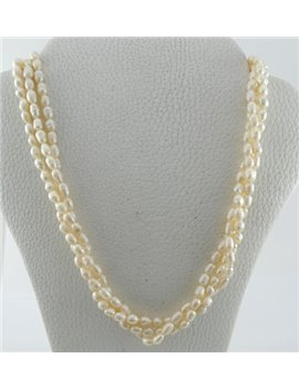 NECKLACE PEARLS WITH BROOCH 18K GOLD, LENGTH 40 CM.