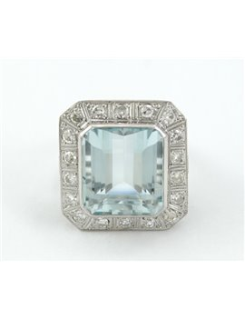 18K GOLD OLD DESIGN RING WITH DIAMONDS AND AQUAMARINE