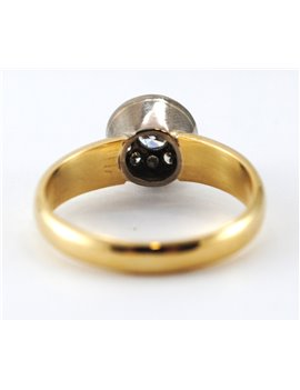 RING 18 K  COMBINED,  WITH GLOSSY CENTER